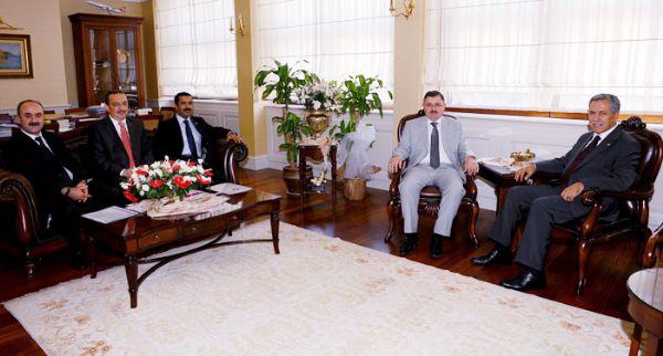 Başbakan Yardımcısı Arınç'a Ziyaret