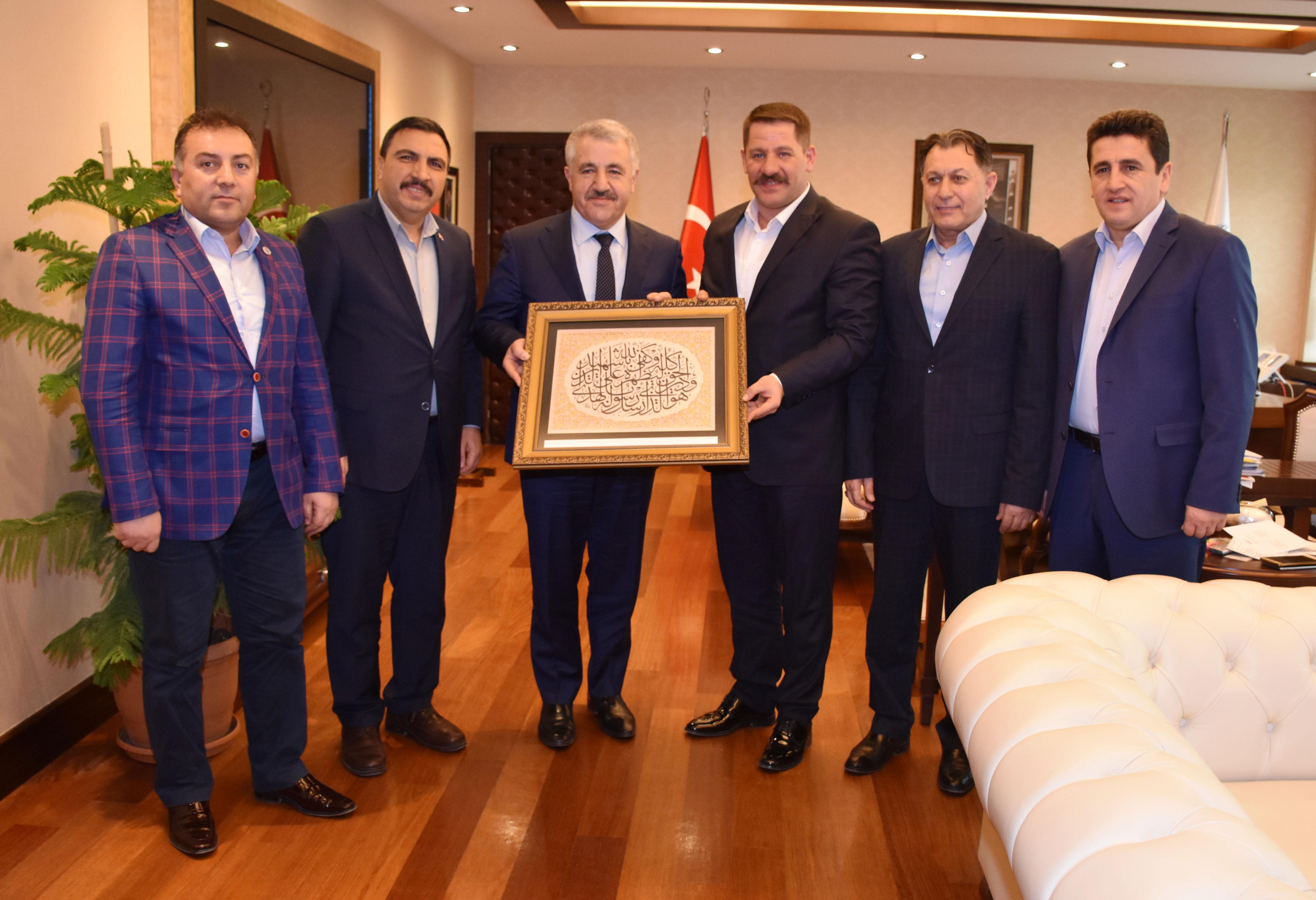 Genel Başkan Budak, Bakan Arslan'a PTT Çalışanlarının Sıkıntılarını İletti